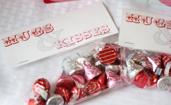 Hugs & Kisses Valentine Bag Topper