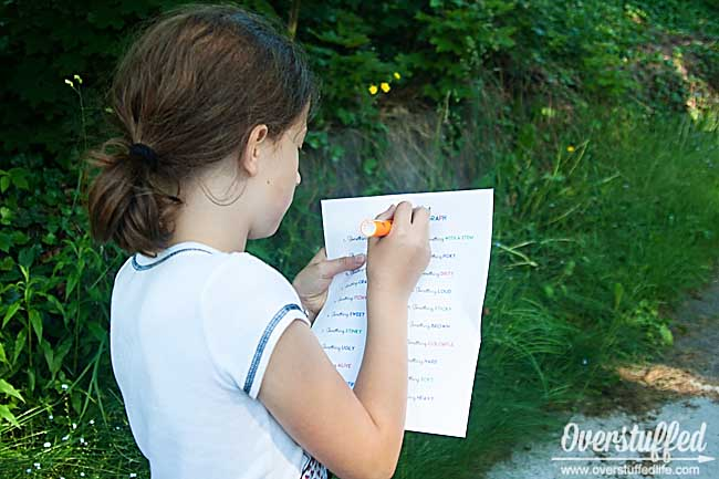 Get Your Kids Outside: Go on a Nature Scavenger Hunt