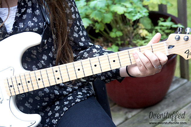 Online Guitar Lessons—Affordable & Convenient Lessons with Fender Play