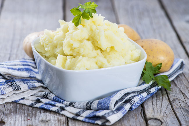 One Simple Trick for the Creamiest Mashed Potatoes Ever