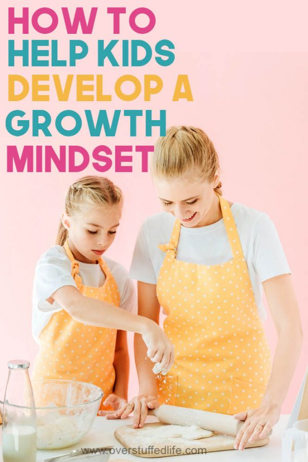 mom cooking with child growth mindset